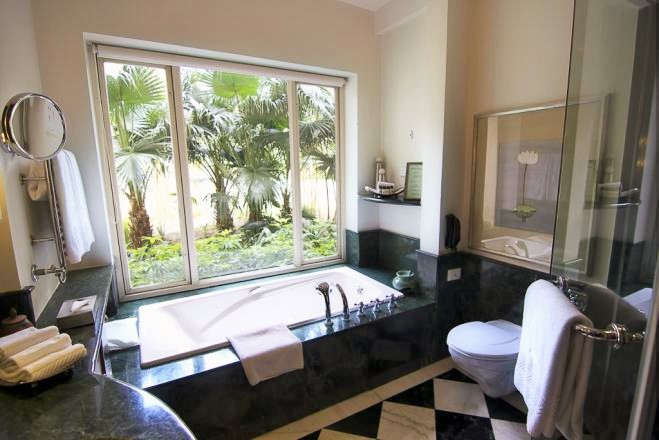 659x440_1443687052Garden Suite, ananda suite Bathroom (1024x683) (2)