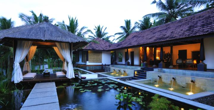WALLOW IN A BREATHTAKING BEACHSIDE SETTING AT SURYA SAMUDRA – KOVALAM