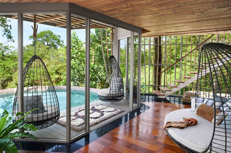 Tree-Pool-House-Lounge-s