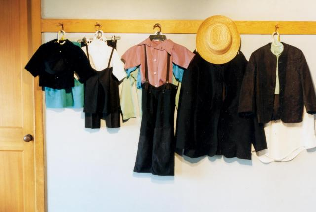 amish-country-homestead-boys-clothes