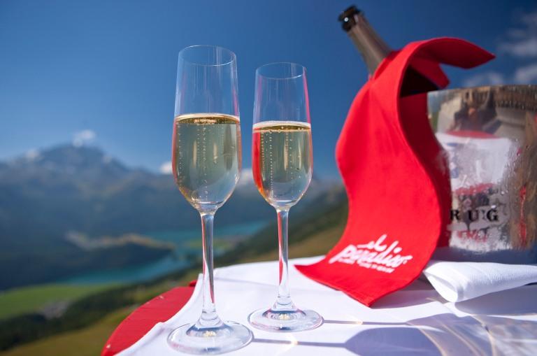 ENGADIN St. Moritz: Champagner-Feeling in Engadin St. Moritz
