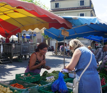 Visit Farmer's Markets for free sampling of local produce (2)