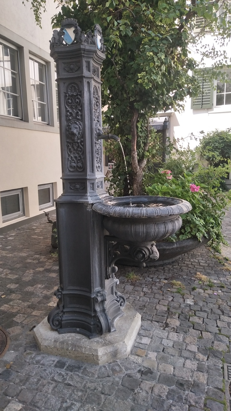 Water fountain in Zurich